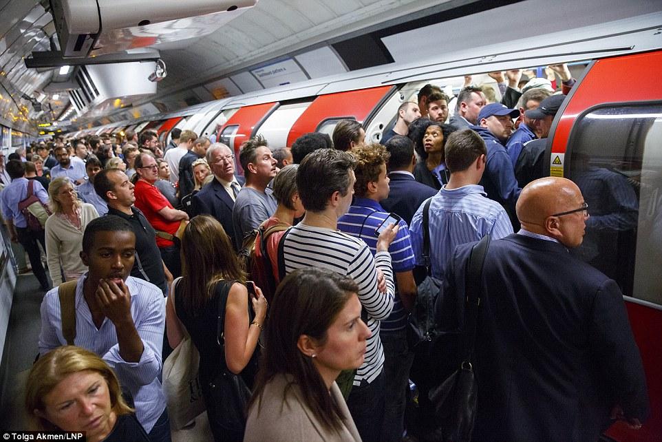 London_Underground_Tube